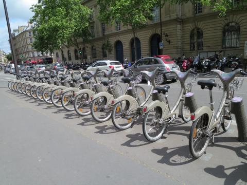 City bikes for rent in Paris